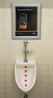 mini_bathroom_urinal_1.jpg