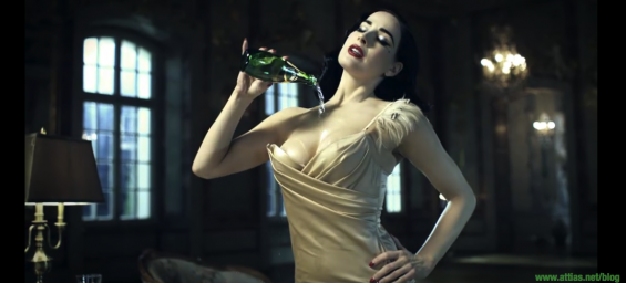 Dita_Von_Teese_perrier_mansion06
