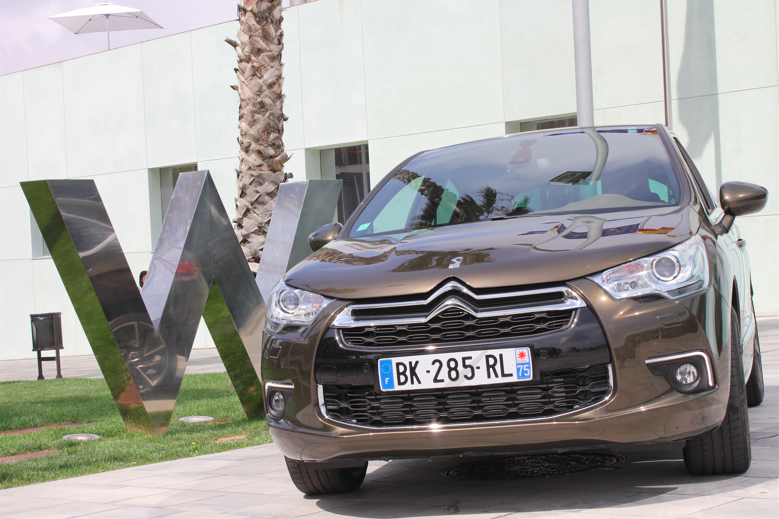 CITROËN DS4, exercice de style surprenant