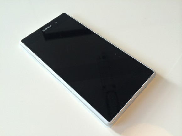 Sony_XPERIA_mobile_06