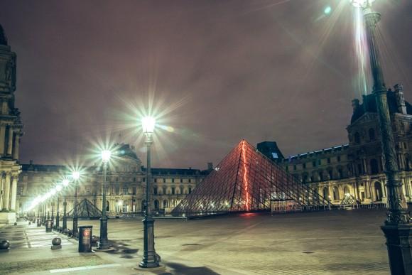 Louvre - Desert in Paris - © Genaro Bardy