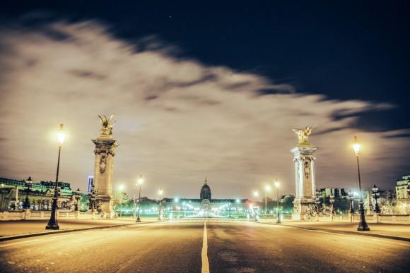 Pont Alexandre III - Desert in Paris - © Genaro Bardy