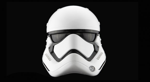 StormTrooper-Helmet-Star-Wars_Anovos_Force_awakens_01