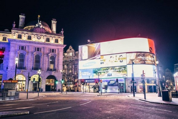 Desert in London - Picadilly Circus - Christmas 2015 - Genaro Bardy -20