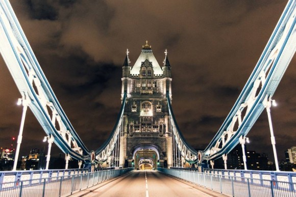 Desert in London - Tower Bridge - Christmas 2015 - Genaro Bardy -10