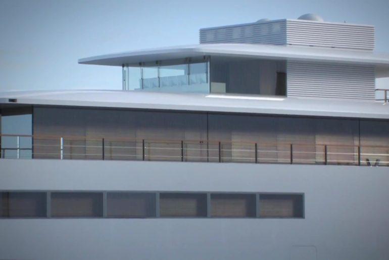 Steve_jobs_super_yacht_launch_12
